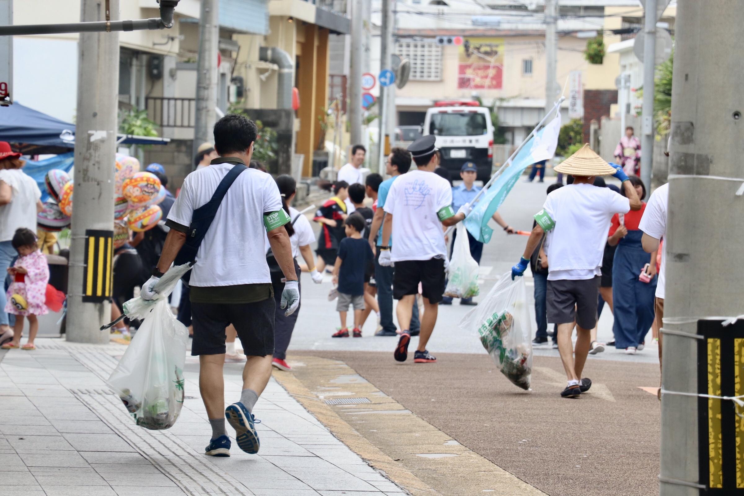 若者たちと「夏祭りエコパトロール隊」出動!!